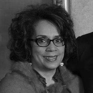 ponentes_0027_Ana Giacomette Ferrer